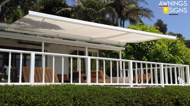 03RectractableAwnings